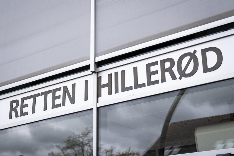 Ved Retten i Hillerød er en 41-årig mand blevet varetægtsfængslet i yderligere fire uger. Han er sigtet for drabet på det 38-årige NNV-medlem Cem Kaplan. (Arkivfoto)