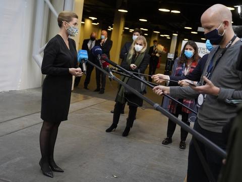Statsminister Mette Frederiksen (S) udtaler sig til pressen efter sin åbningstale til Horesta-konference i Bella Center torsdag.