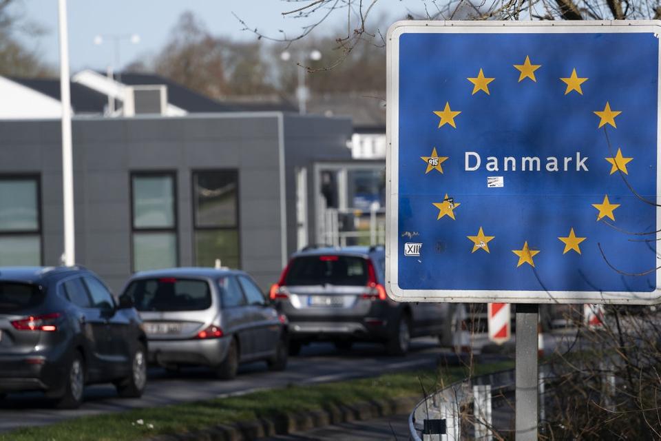 Flere hundrede personer fik i løbet af 24 timer ikke lov til at rejse ind i Danmark. De manglede et anerkendelsesværdigt formål eller en negativ coronatest. (Arkivfoto)