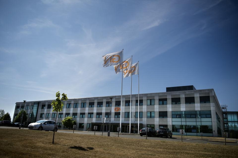 GN Group har i andet kvartal haft en faldende omsætning, hvilket skyldes fald inden for salget af høreapparater. (Arkivfoto)