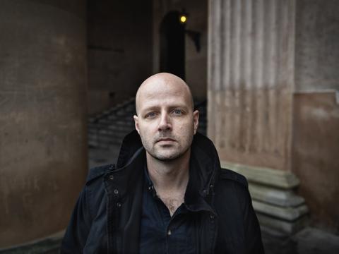 """Journalist Morten Skjoldager, der har skrevet bogen """"Syv år for PET"""", blev anmeldt for at have videregivet fortrolige oplysninger i bogen. Men Rigsadvokaten har nu droppet at gå videre med sagen. (Arkivfoto)"""