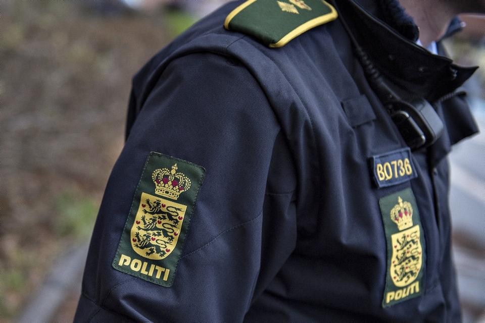 Ifølge Ekstra Bladet er en af to sigtede for rufferi politibetjent. (Arkivfoto)