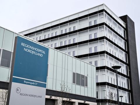 To patienter på Regionshospital Nordjylland er smittet med covid-19. (Arkivfoto)