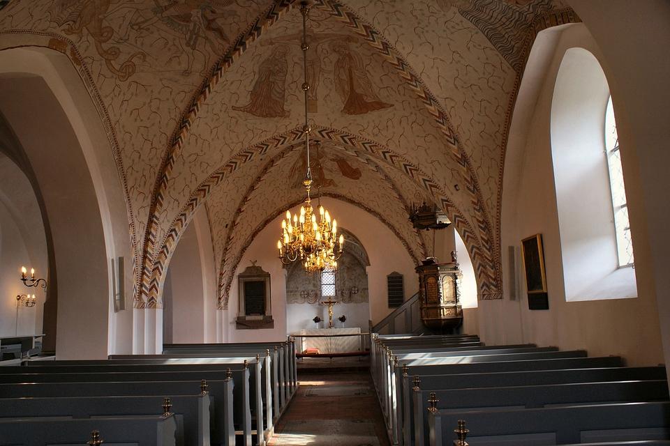 Ballerup Kirke, indre. (Foto: Gunnar Bach Pedersen/Wikimedia Commons)