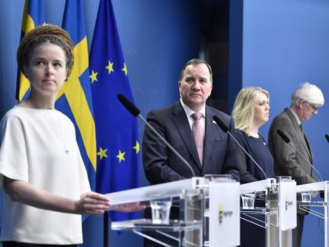 Flere svenske ministre med statsminister Stefan Löfven i spidsen gav torsdag en status på coronakrisen.