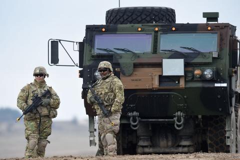 En amerikansk soldat er blevet sigtet for at planlægge et bagholdsangreb mod sin egen enhed. Soldaterne på billedet her har intet med historien at gøre. (Arkivfoto)