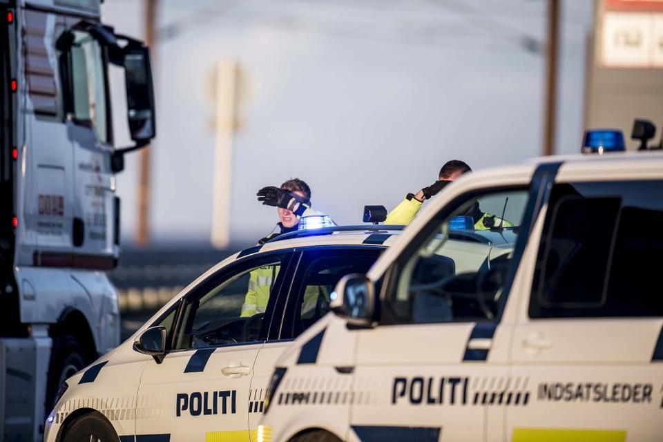 Den store politiaktion i september 2018 påvirkede tusindvis af rejsende. Blandt andet ved Storebæltsbroen, hvor politiet standsede og kontrollerede bilisterne. (Arkivfoto)
