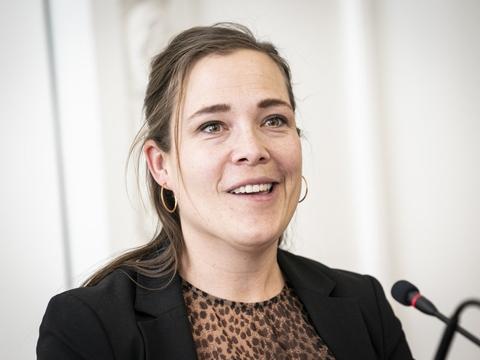 Social- og Indenrigsminister Astrid Krag (S) er glad for, at Ankestyrelsen har slået fast, at kommuner ikke må bruge en ordning, hvor private konsulenter kun får penge, såfremt de finder besparelser på socialområdet. (Arkivfoto).