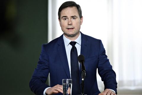- Derfor bliver vi nødt til at se grundigt på, om pengene kan bruges mere fornuftigt i EU-budgettet, og om vi kan få bragt regningen ned, siger finansminister Nicolai Wammen (S). (Arkivfoto).