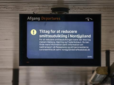 Restriktionerne i syv nordjyske kommuner blev udmeldt 5. november af statsminister Mette Frederiksen (S). De skulle efter planen have været gældende til 3. december, men de fleste blev ophævet fra torsdag. (Arkivfoto)