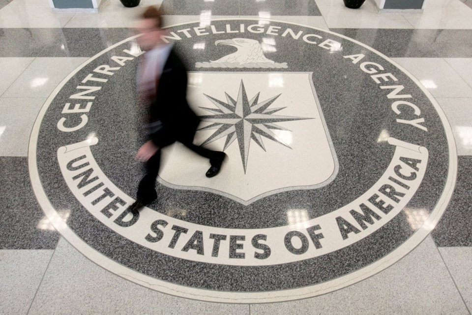 Tidligere CIA-ansat er sigtet for gennem flere år at have forsynet Kina med fortrolige informationer om blandt andet USA's forsvar. (Arkivfoto er fra  lobbyen i CIA's hovedkvarter i Langley i Virginia).