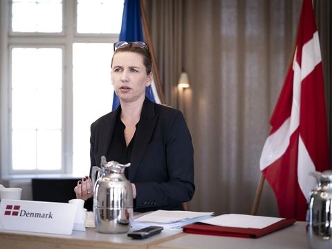 Statsminister Mette Frederiksen holder videomøde med EUs stats- og regeringschefer om corona og genopretningsplan på Marienborg i Kongens Lyngby, torsdag den 23. april 2020. (Foto: Liselotte Sabroe/Ritzau Scanpix)