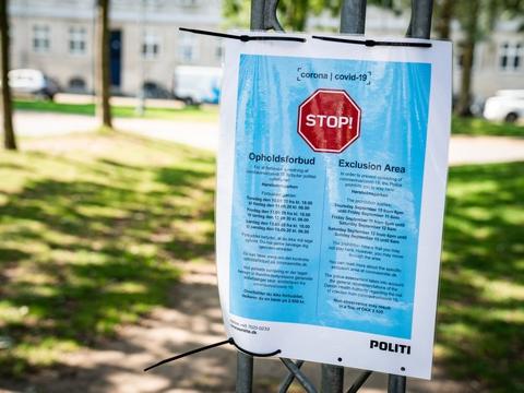 Et flertal af danskerne tror, at coronarestriktionerne vil fortsætte efter, at alle er vaccineret, viser måling. (Arkivfoto.)