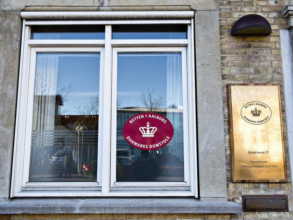 En kvinde og mand fremstilles i grundlovsforhør i Retten i Aalborg senere mandag, hvor de er sigtet for drab. (Arkivfoto)