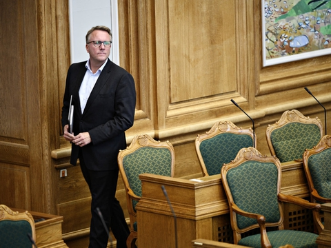 - Udspillet skal være med til at holde hånden under danske arbejdspladser, samtidig med at vi kan sætte gang i den grønne omstilling, siger Morten Bødskov til Børsen. (Arkivfoto).