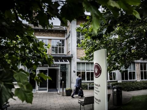 En 21-årig mand er onsdag blevet frifundet for anklager om voldtægt på kostskole i Vordingborg Kommune. (Arkivfoto)