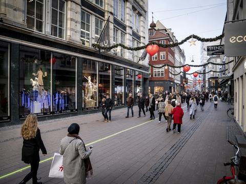 Fra 7. december ensrettes gaderne over hele landet, som københavnerne blandt andet kender det fra Strøget. (Arkivfoto)