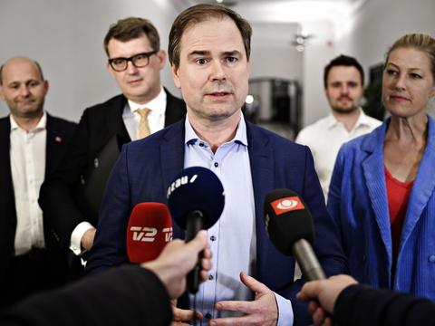 Natten til mandag kom finansminister og flere af Folketingets partier - dog uden Nye Borgerlige, Liberal Alliance og Dansk Folkeparti - ud forhandlingslokalet og kunne præsentere en såkaldt sommerpakke.