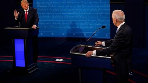 Præsident Donald Trump beskylder under nattens debat Joe Biden for at have taget imod millioner af dollar gennem Rusland.