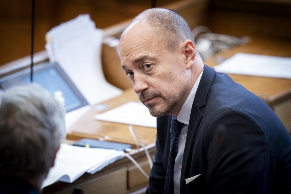 Sundhedsminister Magnus Heunicke (S) under møde i Salen om blandt andet forslag til epidemiloven.